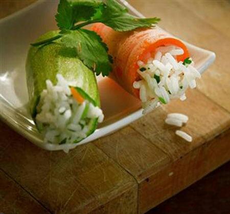 خرید پستی  خالی کننده مغز میوه جات و سبزیجات و همزن برقی
