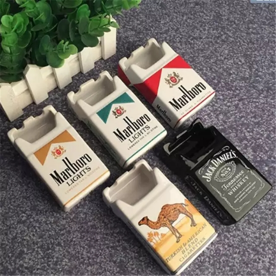 عکس محصول زیر سیگاری سرامیکی طرح پاکت سیگار